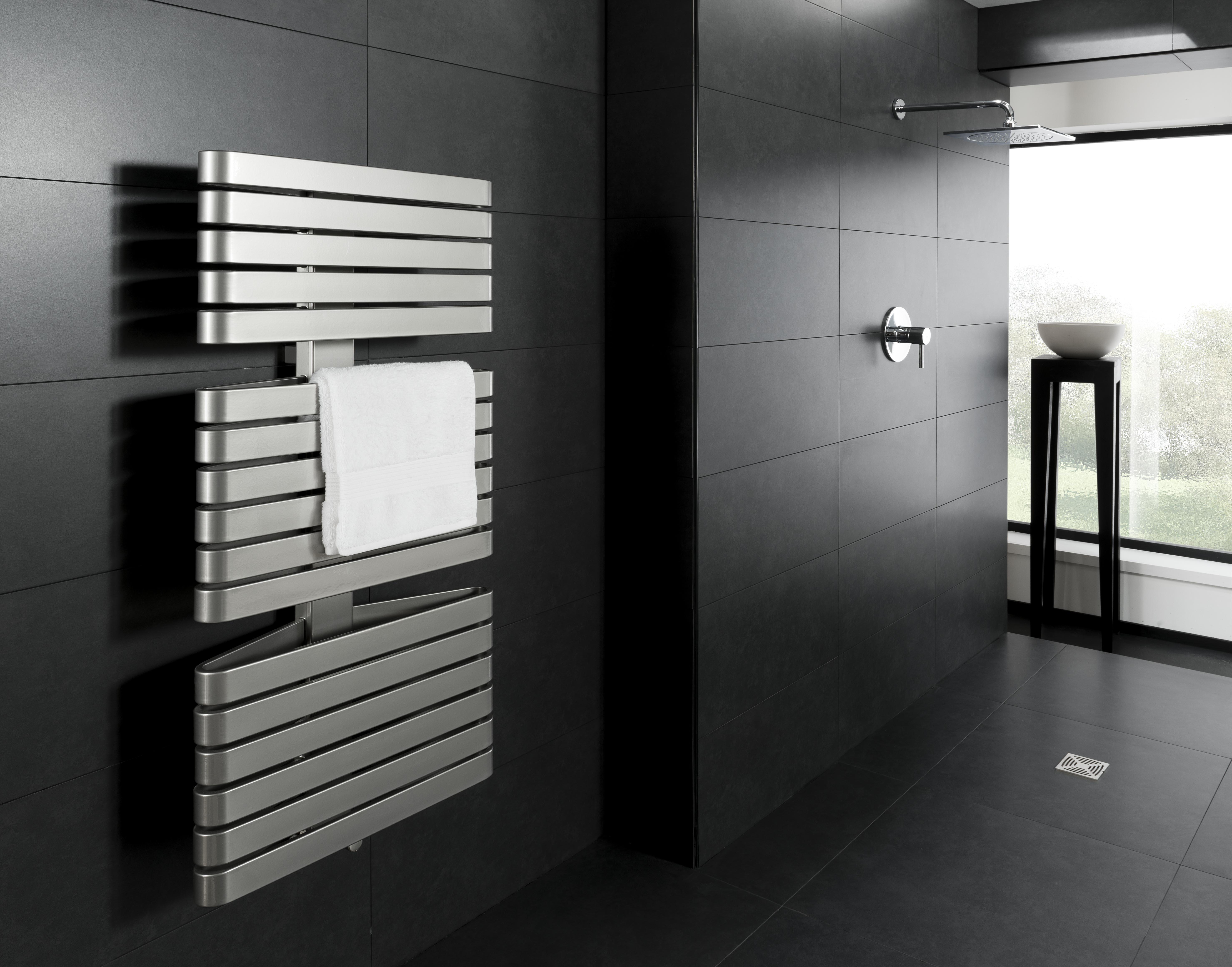 Radiatore triarc design paul priestman commercializzato - Riscaldamento per bagno ...