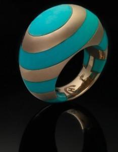 Un gioiello di Claudia Hamers